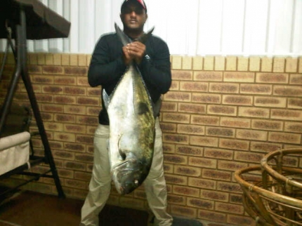 A better pic of the 25 kg Giant Trevally caught By Vijen Naidoo at Dave's Rock on the North Co