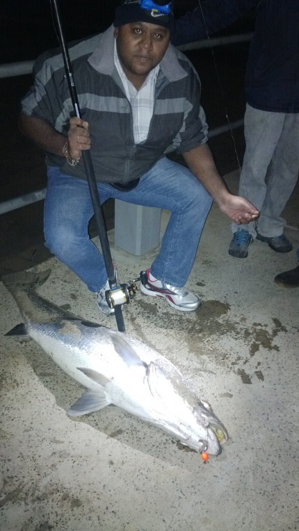 Caught on the 16/07/2013 on pier in front of Blue Waters Hotel. Trace used was a shad trace / Loomis